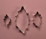 Holly Leaf Cutter Small Set of 3 PME