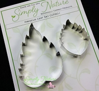 Hibiscus Leaf Botanically Correct Cutter Set By Simply Nature