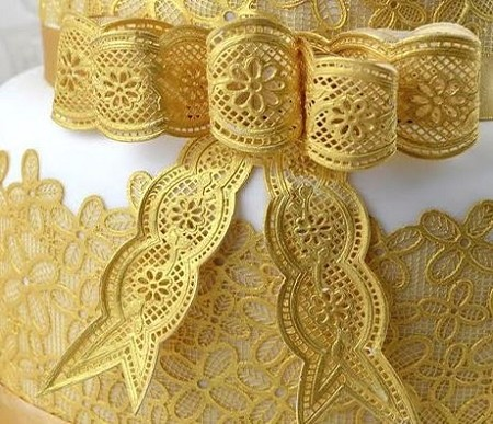 vintage bows large sugar dress cake lace mat by claire bowman