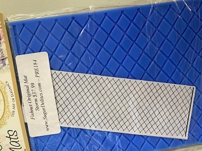 Fishnet Lace Mat