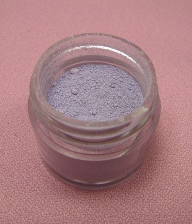 English Lavender Petal Dust by TSA. 1/2 oz. net, Kosher. This is an FDA approved dust.