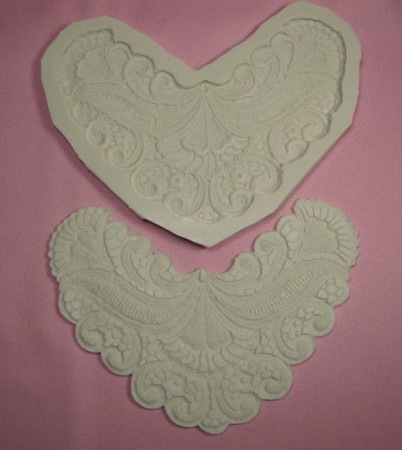 Scalloped Lace Medallion